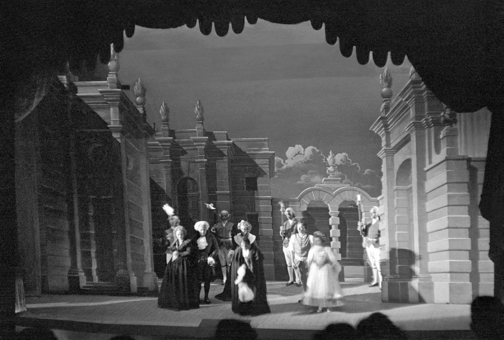 Don Giovanni, 1949 © Henry Ely